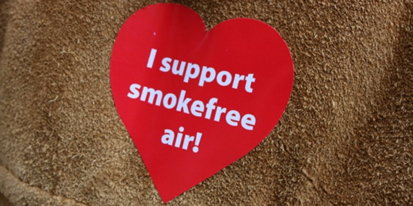 I support smokefree air heart-shaped sticker